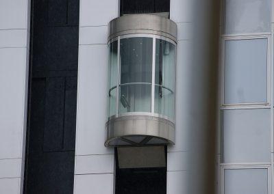 elevator-2721828_1280